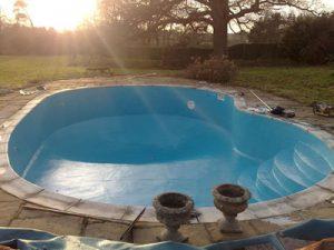 Domestic Swimming Pool and Liner Repair 3