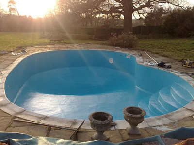 Domestic Swimming Pool and Liner Repair 3